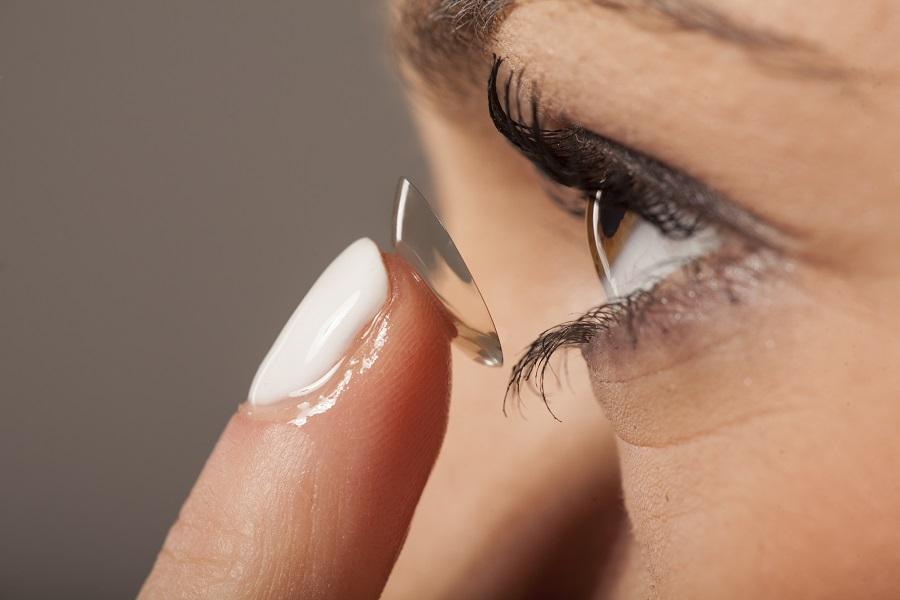 soczewki dla podkreślenia oczu