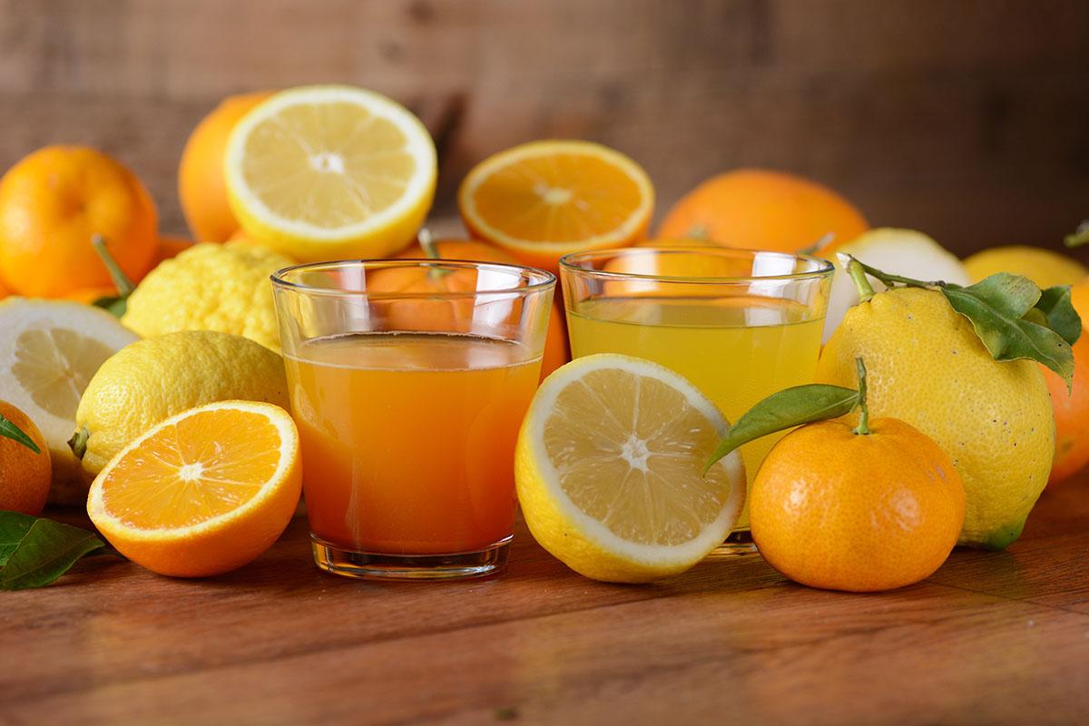 Dlaczego warto pić świeże soki z warzyw i owoców?